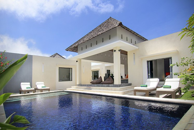 mansion bedrooms with a pool. Three Bedroom Villa Seminyak Mansion Bedrooms With A Pool